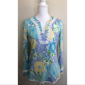 Lilly Pulitzer Embroidered Trim Floral Print V-Nec